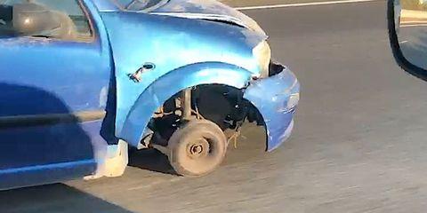 circula sin una rueda