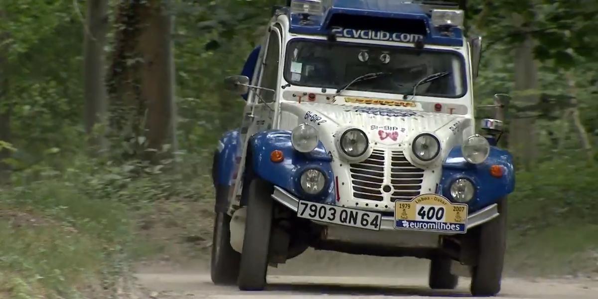 Lotus Elise 0 60 >> This Weird Twin-Engined Citroën 2CV Is a Dakar Veteran