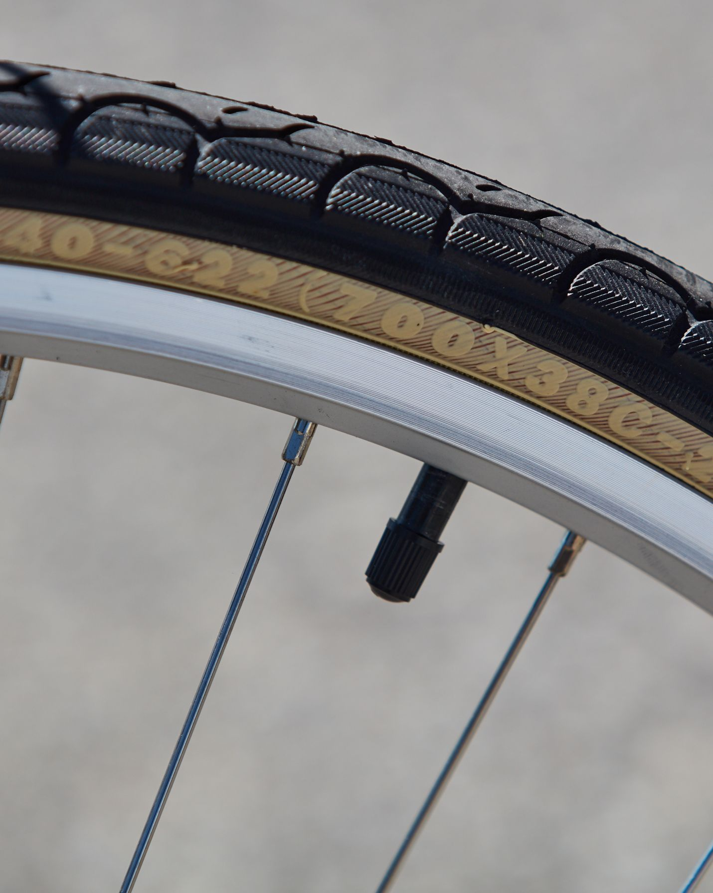 Civia Lowry Step-Thru Tires
