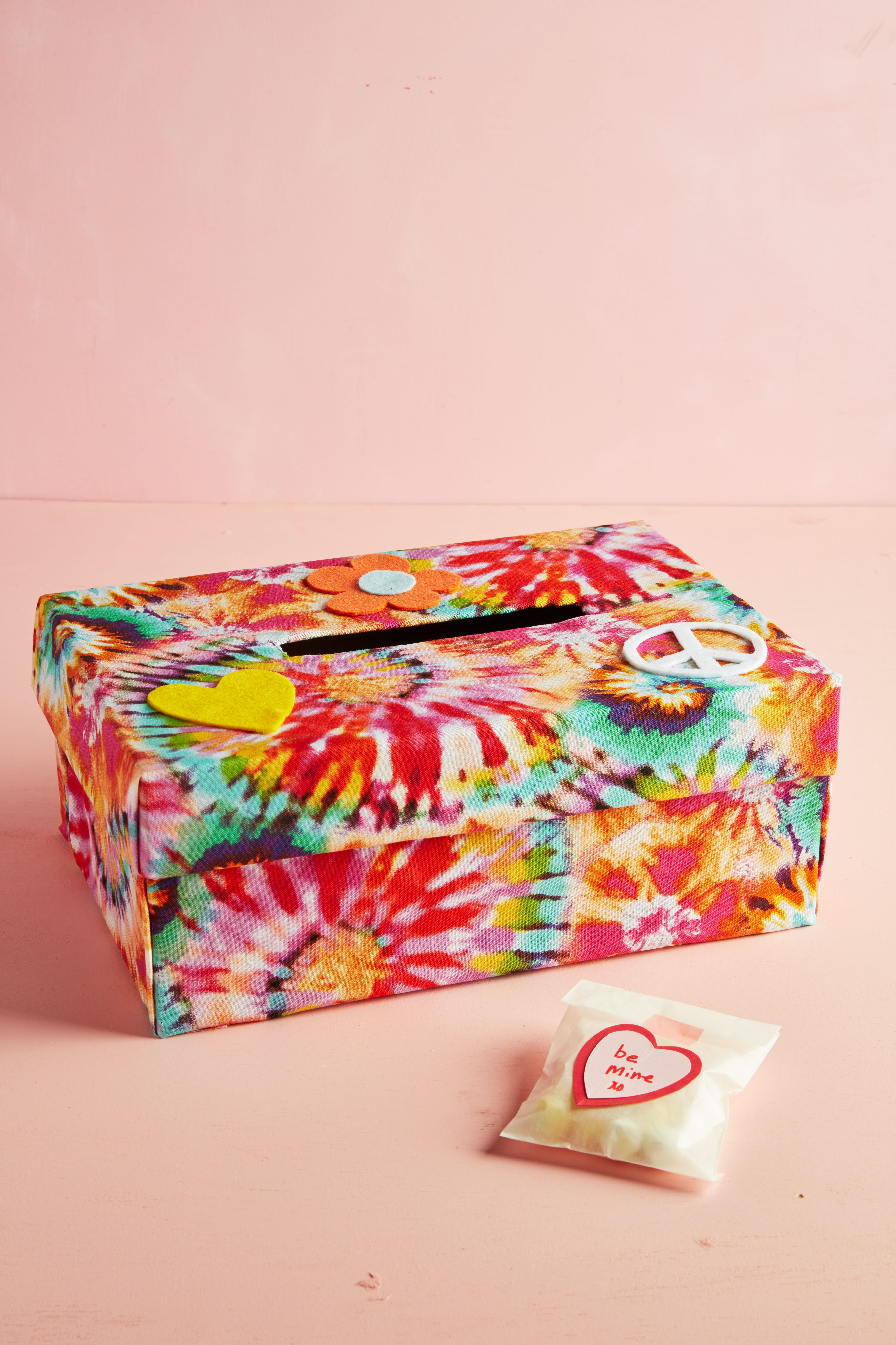 4 paper crafting packaging paper mache boxes ready to decorate heart gift box candy containers party favor box valentine/'s day