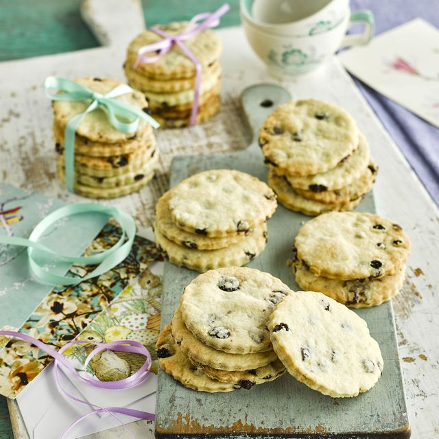 classic easter biscuits