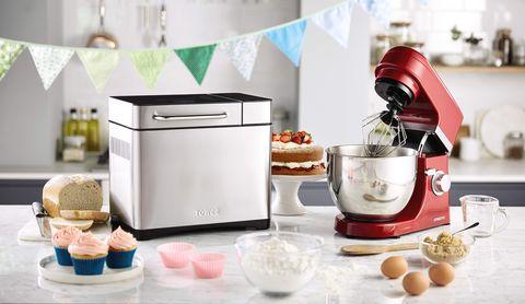 Mixer, Small appliance, Home appliance, Kitchen appliance, Blender, Ice cream maker, Baking, Food processor, Food, Machine,