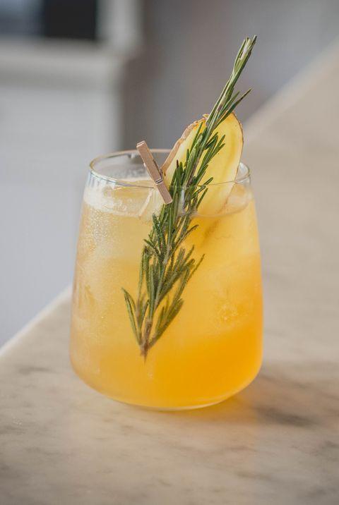 Tableware, Liquid, Drink, Ingredient, Juice, Produce, Insect, Classic cocktail, Liqueur, Invertebrate,
