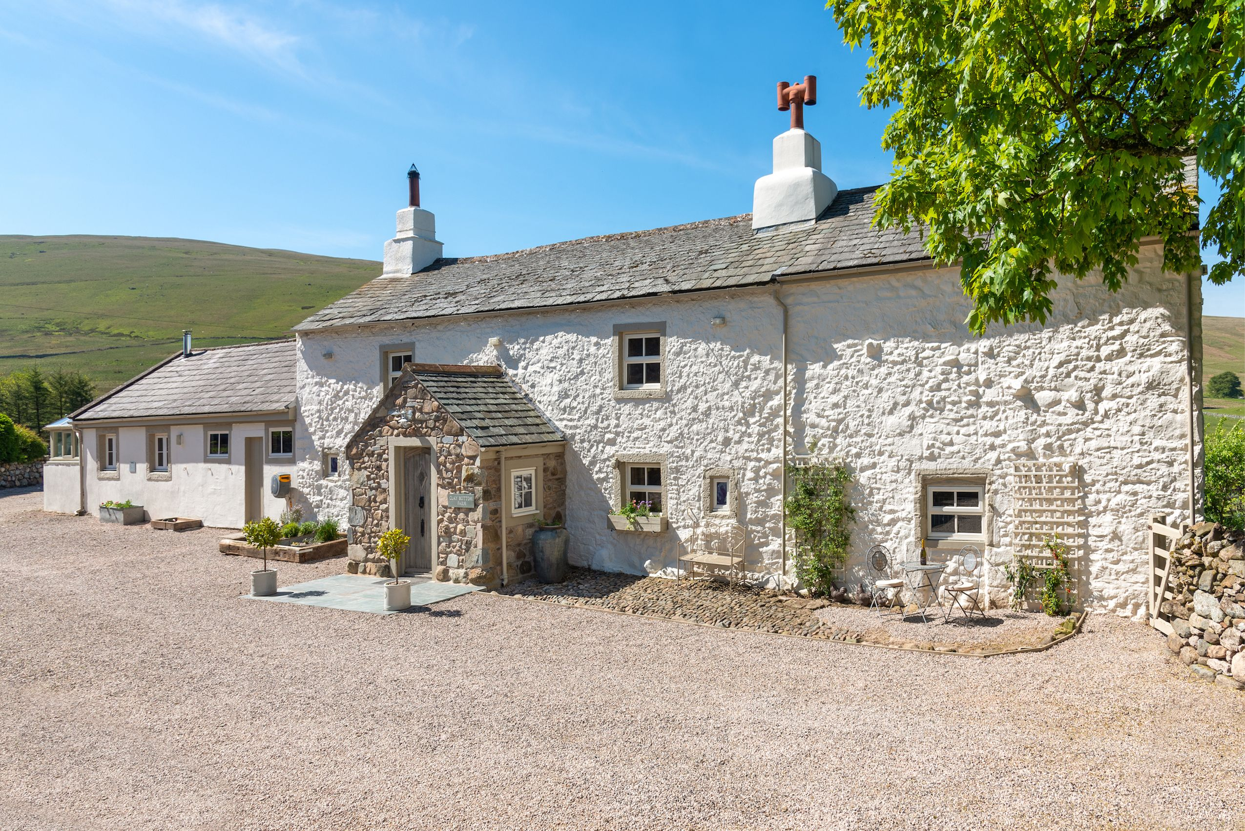 Picturesque 16th century stone-walled cottage for sale in the Lake District National Park