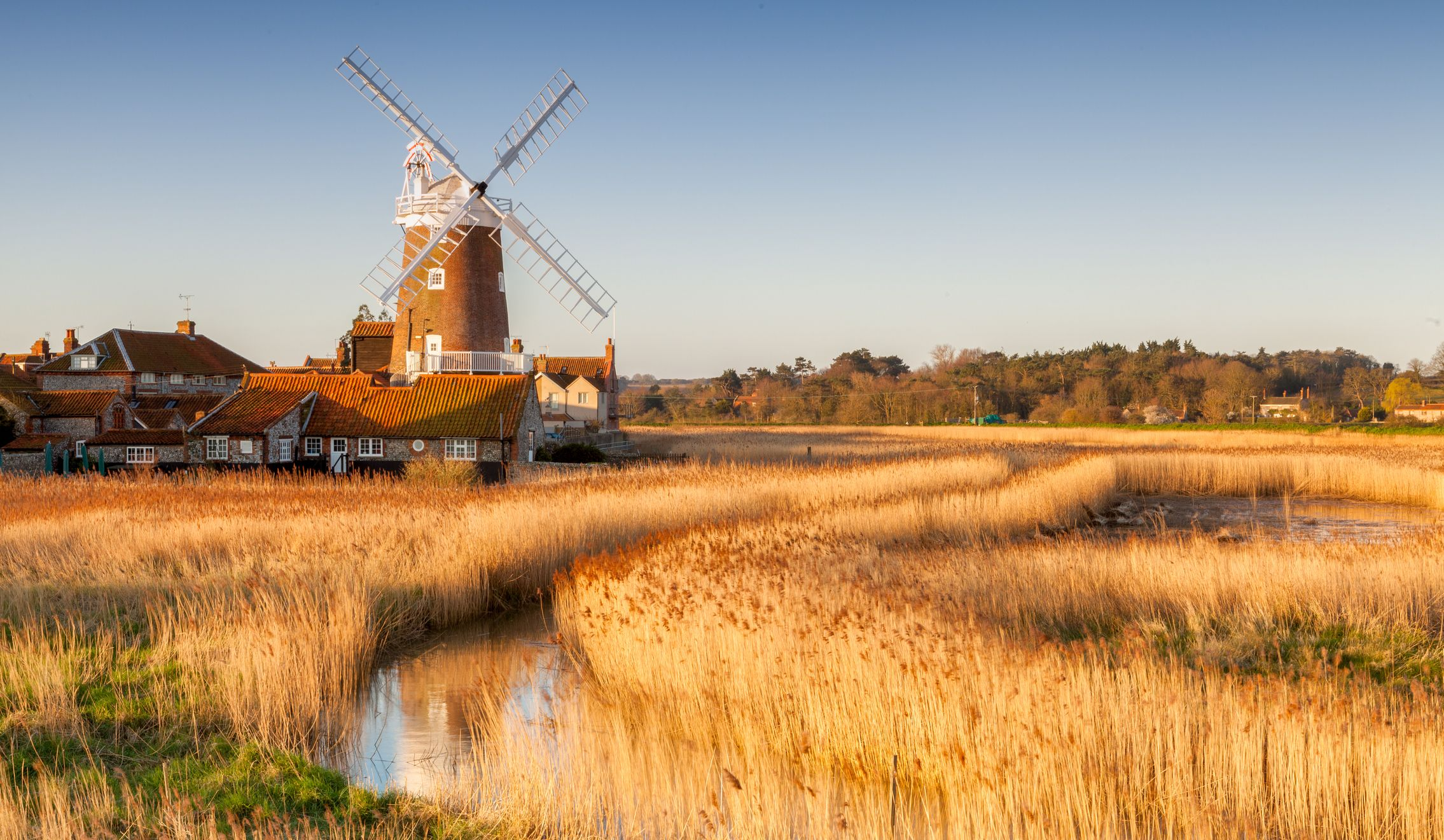UK holiday destinations: The places to visit at least once in your life