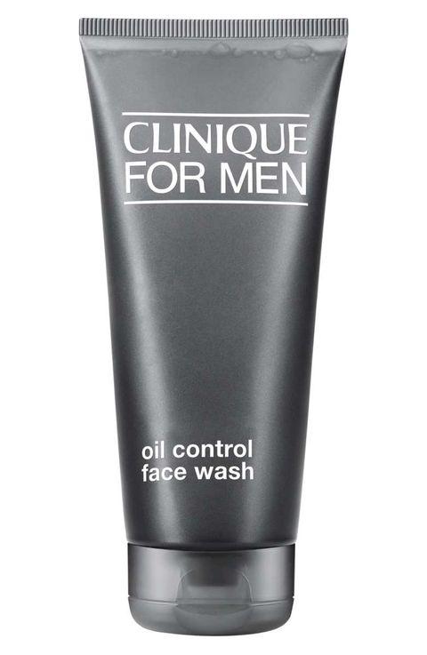 Las mejores limpiadoras faciales para hombres - Clinique for Men