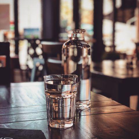 Drink, Old fashioned glass, Liqueur, Distilled beverage, Alcohol, Barware, Glass, Bottle, Drinkware, Glass bottle,