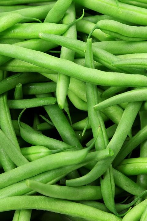 Close-upof a bunch of green beans