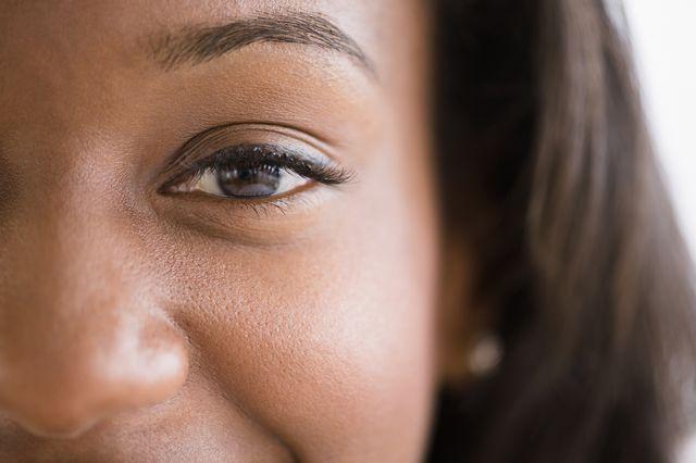 how to grow eyelashes   women's health uk
