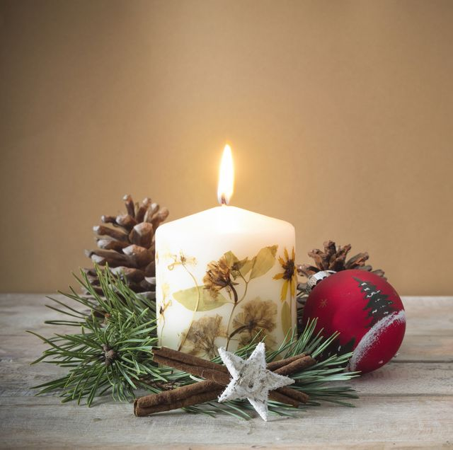 Christmas Candles.Pomander Scented Candle