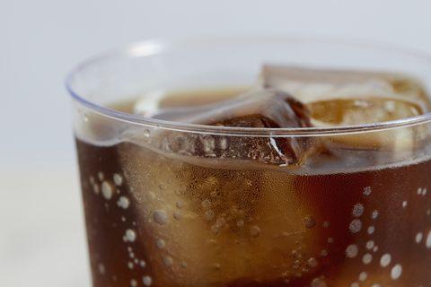 estudio riesgo muerte bebidas azucaradas