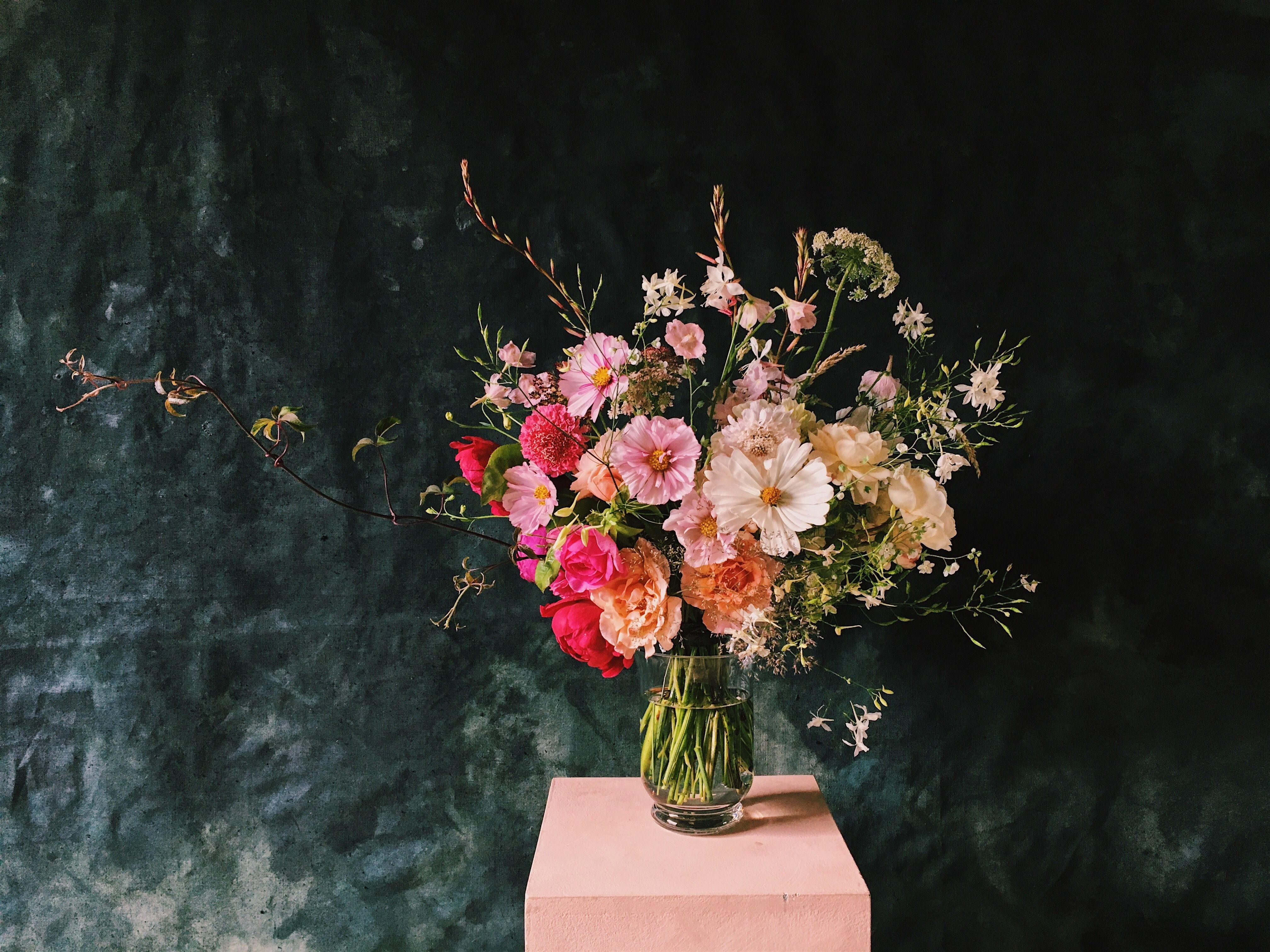 Absolutely Foolproof Ways to Make Spring Flowers Last Longer