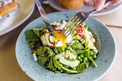spinach benefits - women's health uk