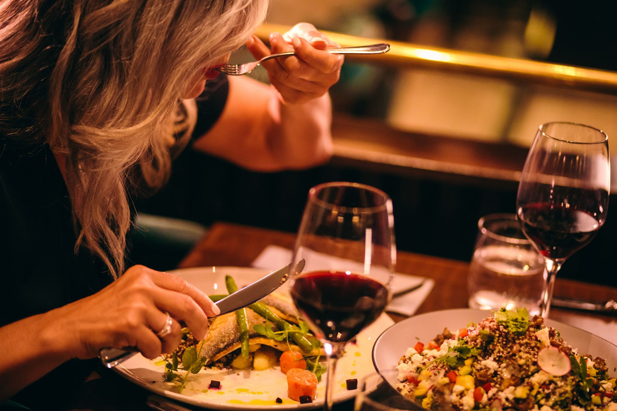 This is the best time to eat dinner to boost your heart health