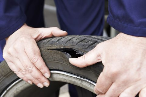 What Are Tire Pressure Sensors And How Do They Work