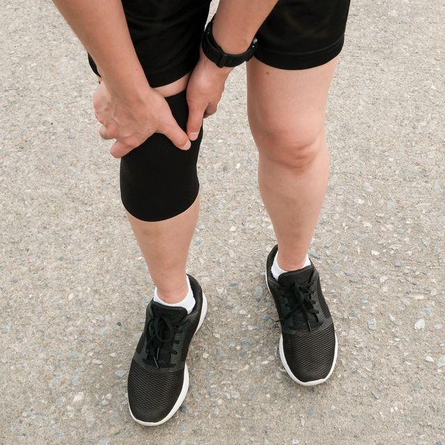 should i run with a knee brace
