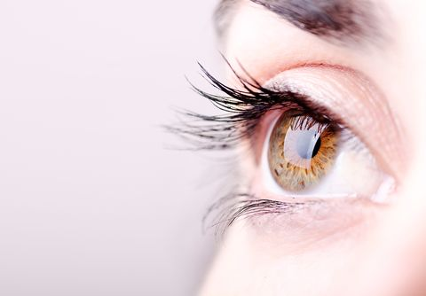 98fe880b437 What Are Eyelash Mites—And How Do You Know If You Have Them?