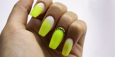 Close-up of gel nails - how to avoid damage after a gel manicure