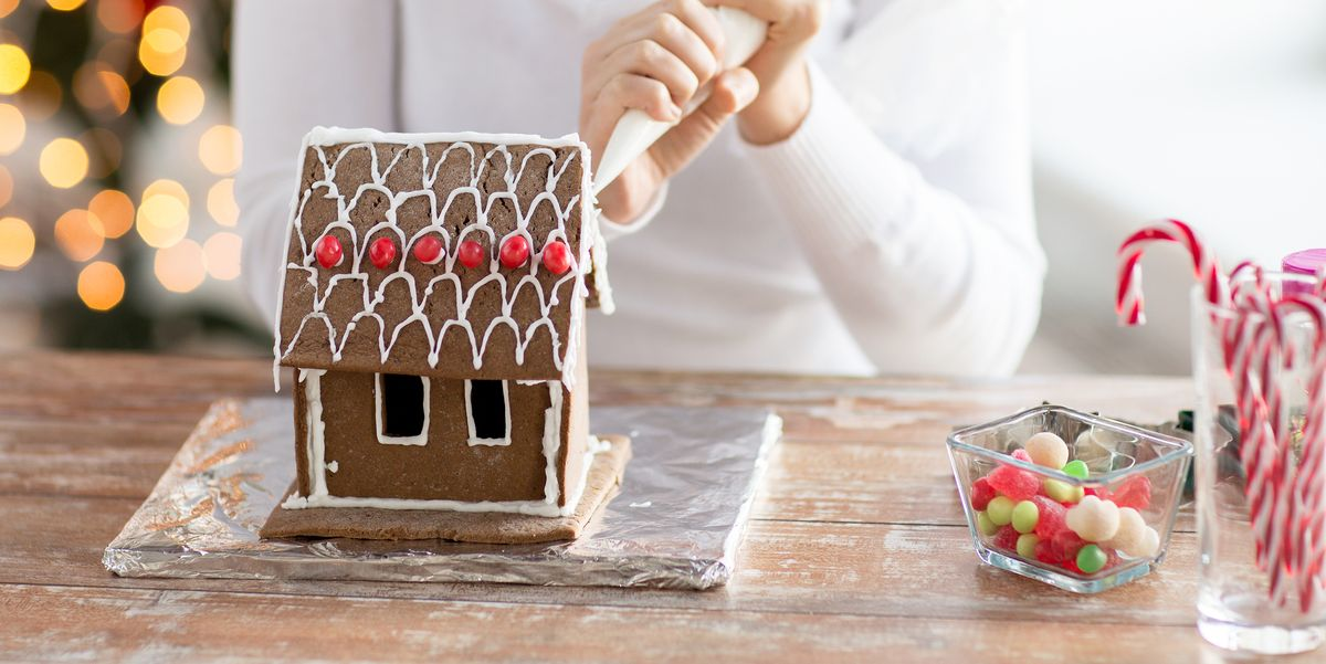 If You Re Going To Make A Gingerbread House Use One Of These Kits