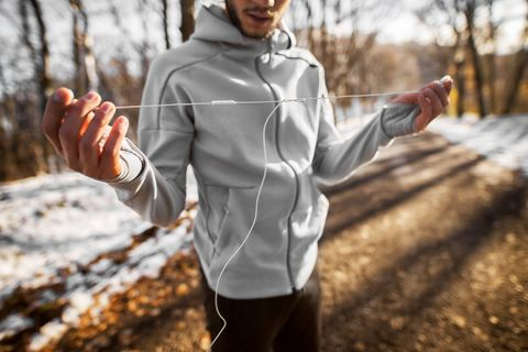 Should You Listen to Music While Running? Pros and Cons of