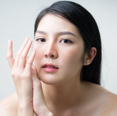2020眼霜推薦!輕熟齡女生眼周保養必買,撫平細紋、保濕抗老通通有