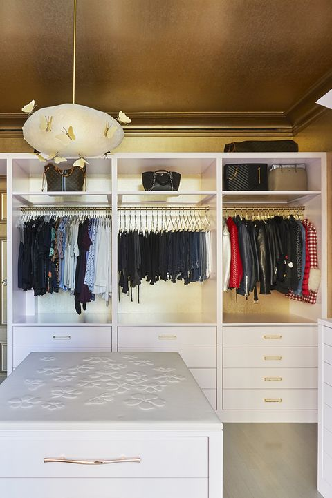 Closet, Room, Furniture, Shelf, Property, Interior design, Building, Ceiling, Shelving, Cabinetry,