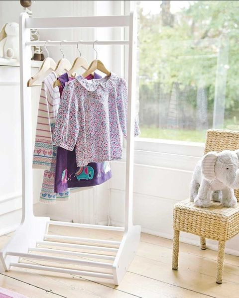 Clothes rail for children's room