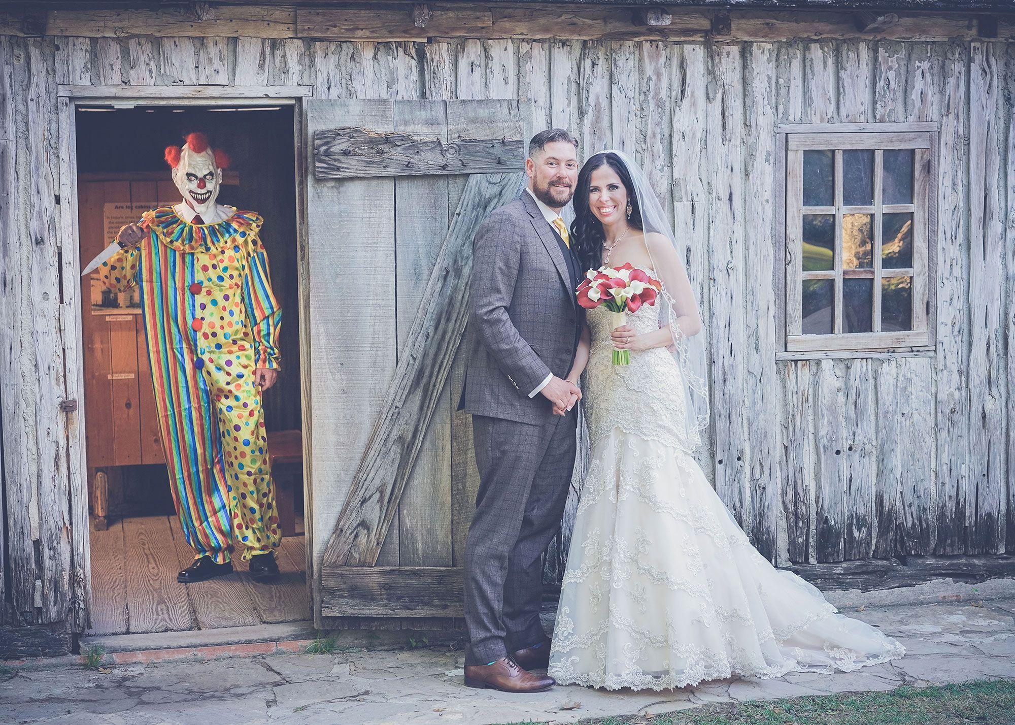 Creepy Clown Photobomb Wedding Photos Funny Wedding Pictures