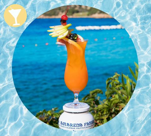 I cocktail per l'estate 2019 sono alla base del divertimento in vacanza con le tue bff: scopri qui ricette e abbinamenti della cocktails list più fresh che sia.C