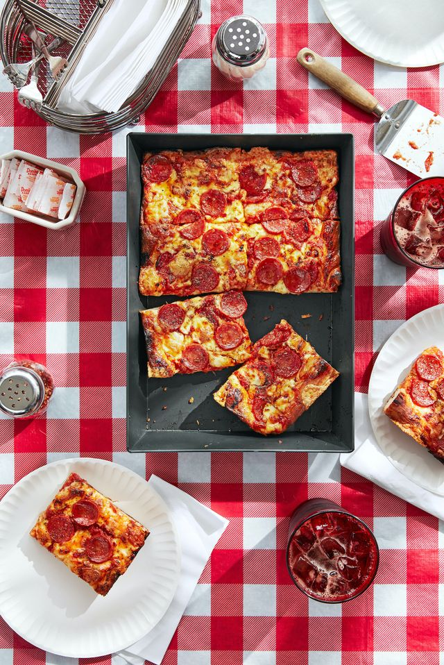 detroitstyle pepperoni pizza