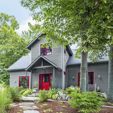 bright red   colors that go with gray paint