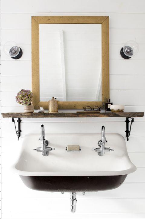 25 Stylish Bathroom Shelf Ideas The