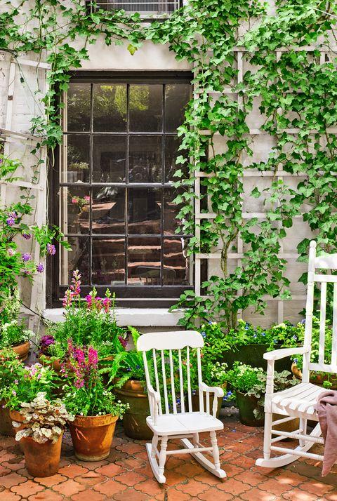 18 Creative Small Garden Ideas - Indoor and Outdoor Garden ... on narrow garden design with stone, best garden ideas, painted flower pot ideas, japanese garden ideas, narrow patio ideas, unique garden fountain ideas, road design ideas, container flower pot arrangement ideas, small water garden fountain ideas, front yard landscape design ideas, narrow gardening ideas, small narrow backyard ideas, narrow family room designs, long narrow garden ideas, narrow decorating ideas, small rose garden layout ideas, side yard landscaping ideas, narrow landscape ideas, japanese modern landscape design ideas, small outdoor spaces design ideas,