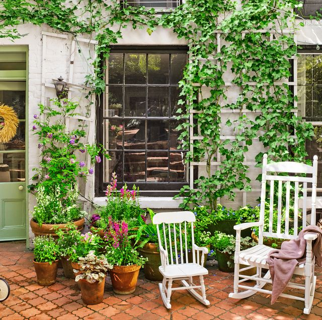 Small Space Landscaping Ideas: 18 Creative Small Garden Ideas