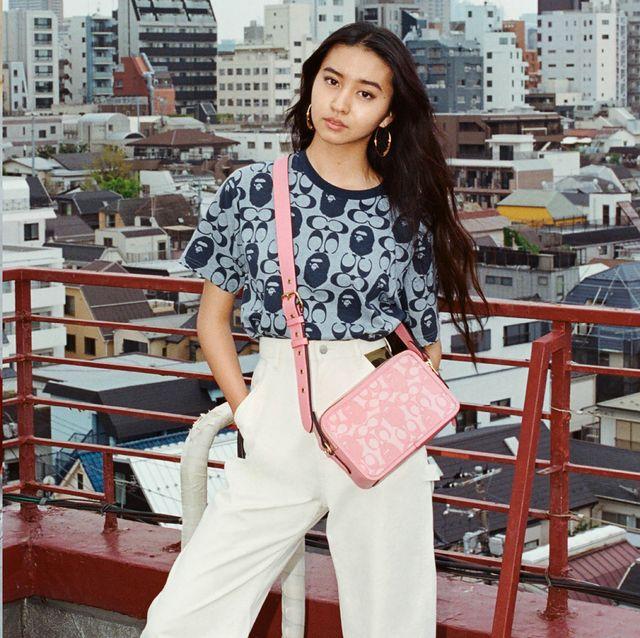 coach x bape 聯名系列這次台灣也買得到!兩大品牌經典logo放到包包上太可愛 全系列商品一次看