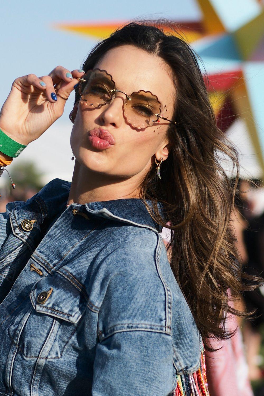 Coachella Alessandra Ambrosio beauty