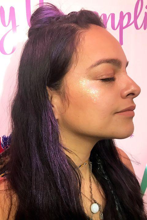 Hair, Face, Eyebrow, Hairstyle, Forehead, Cheek, Nose, Black hair, Chin, Lip,