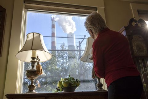Health and Pollution Issues From the Cheswick, PA Power Plant