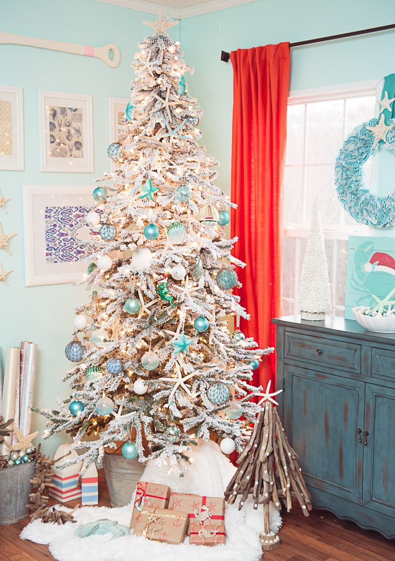72 best christmas tree decorating ideas how to decorate a christmas tree - Beach Themed Christmas Decorations