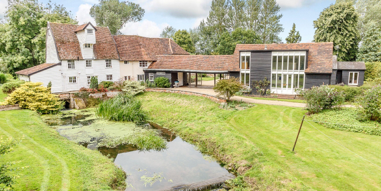 Cobbolds Mill - Suffolk - Carter Jonas - river