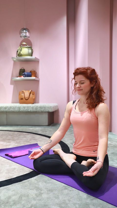 Physical fitness, Shoulder, Yoga mat, Yoga, Sitting, Leg, Mat, Joint, Arm, Pilates,