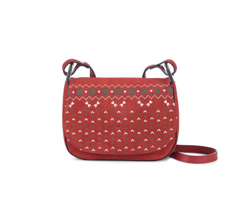 Bag, Handbag, Red, Product, Shoulder bag, Fashion accessory, Leather, Design, Satchel, Luggage and bags,