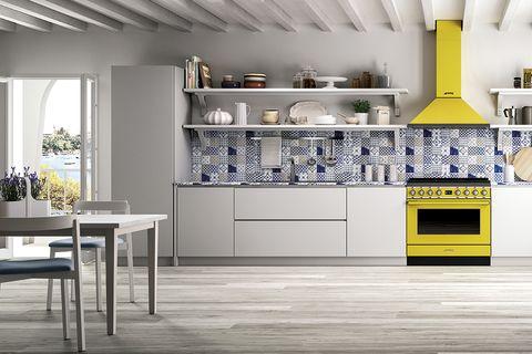 cocina con horno amarillo