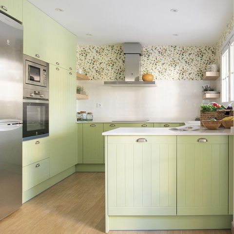 cocina antes y después muebles verdes