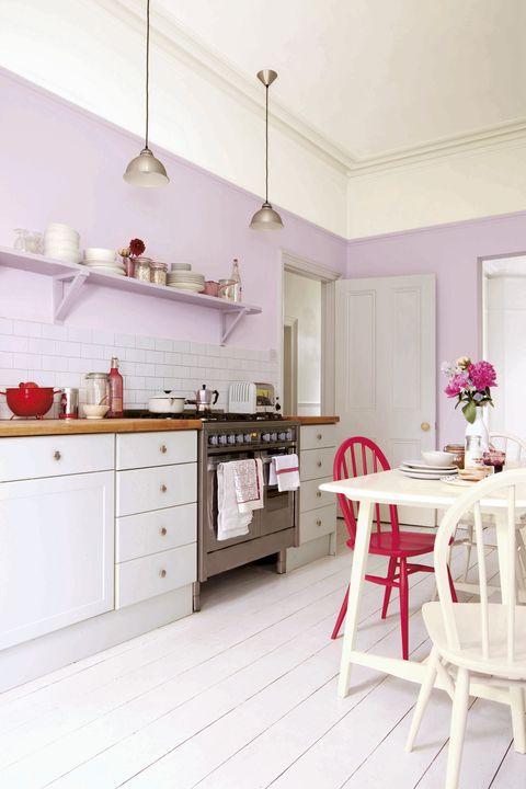 Comedor integrado en la cocina