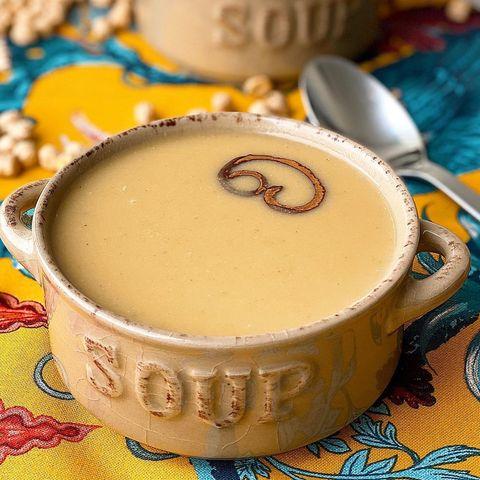 sopa de garbanzos con canela