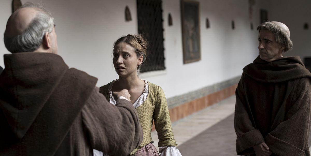 Clara descubre que su padre está vivo; 'La cocinera de Castamar'