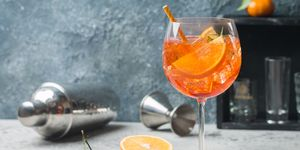 cocktail-recept-peach-orange-blossom-spritz