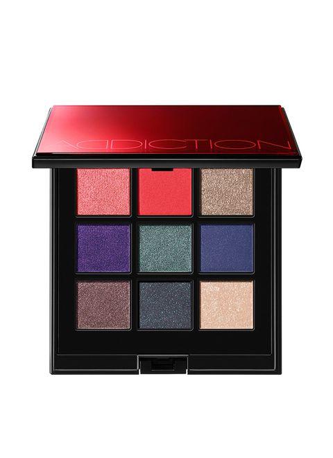 Violet, Eye shadow, Eye, Product, Beauty, Organ, Pink, Shadow, Cosmetics, Human body,