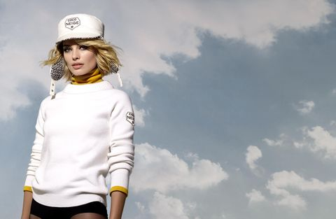 Margot Robbie Face of Chanel